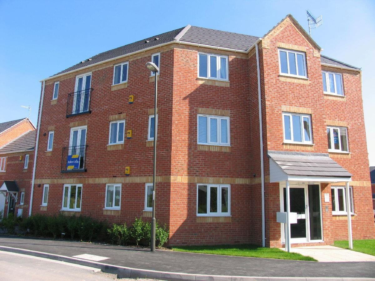 2 Bedrooms Flat for sale in Bramble Court, Sandiacre